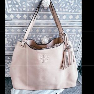Tory Burch leather bag in new condition